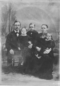 AxJohnsonfamily1882_