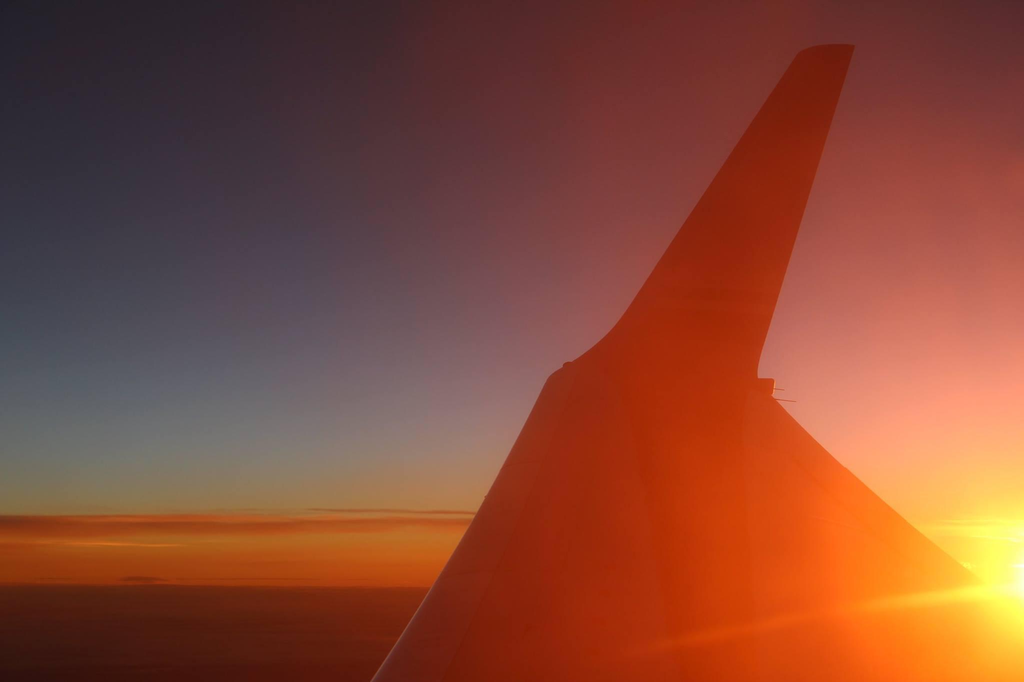 Leaving Japan - the rising sun Yui Sasajima Photography